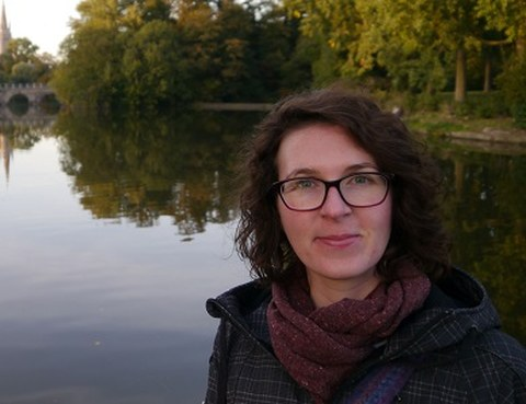 Portrait photo Dr. Ramona Jühlen