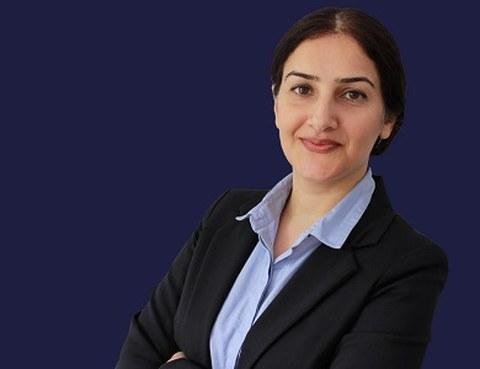 Portrait photo of Zohreh Hosseinzadeh