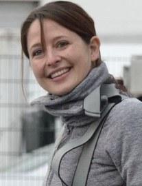 Auf dem Foto ist eine Potraitaufnahme von Frau Prof. Nadine Bergner zu sehen.