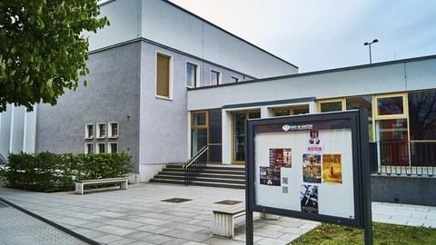 Gebäude mit KIK