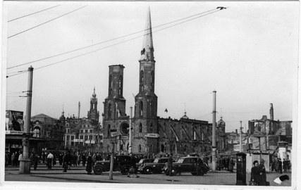 zerstörte Sophienkirche Dresden um 1950