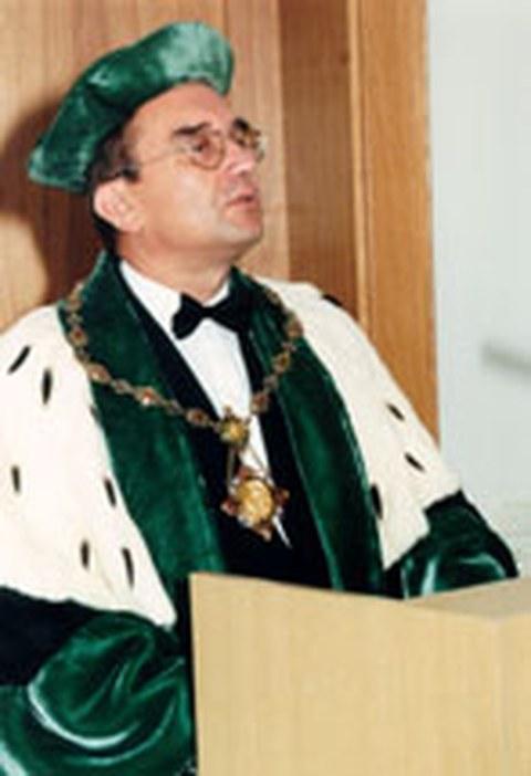 Prof. Achim Mehlhorn