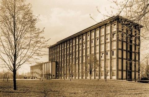 Andreas-Schubert-Bau, errichtet 1956 bis 1960