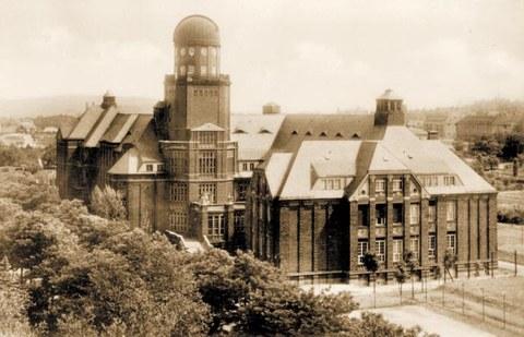 Gebäude der Bauingenieur- Abteilung, heute Beyer-Bau