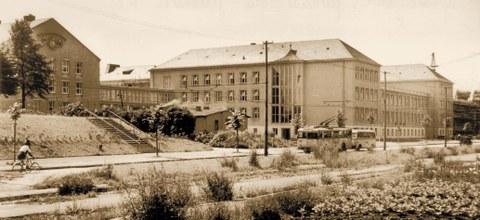 Gebäudekomplex Zellescher Weg einschließlich Willers-Bau und Trefftz-Bau